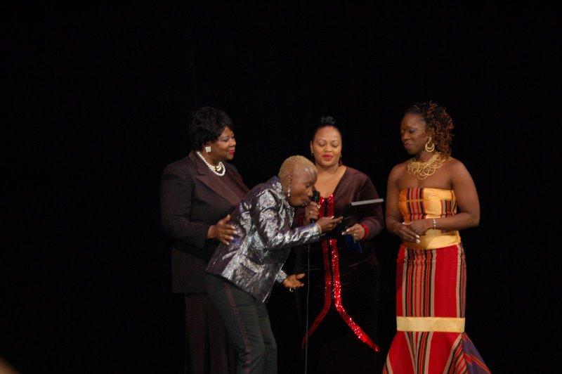 african diaspora essay African diaspora cultures - african diaspora title length color rating : african diaspora essay examples - in simple terms, the diaspora as a concept, describes groups of people who currently live or reside outside the original homelands.