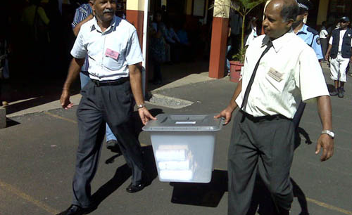 voter turnout in mauritius The us appeared to be on the verge of record-setting voter turnout tuesday, as people on all sides of the political spectrum flocked to the polls.
