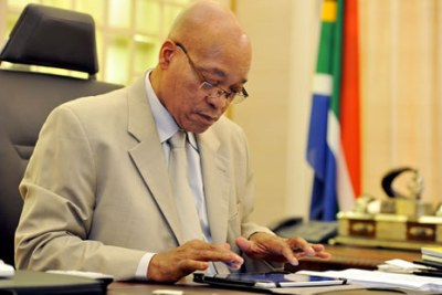 President Jacob Zuma puts the final touches on his 2012 State of the Nation Address (file photo).
