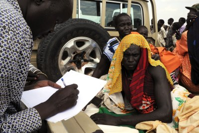 Treating the wounded in the aftermath of clashes in South Sudan (file photo).