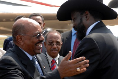 Omar Hassan Ahmad Al-Bashir, President of Sudan (left), and Salva Kiir, President of the Republic of South Sudan (file photo).