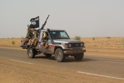 Members of Movement for Unity and Jihad in West Africa approach Timbuktu. (file photo)
