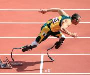 Oscar Pistorius Makes History At the Olympics