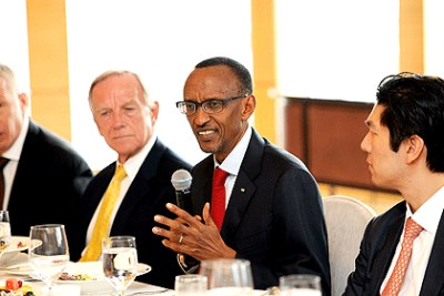 President Paul Kagame with members of The Hong Kong business community. He invited them to invest in Rwanda.