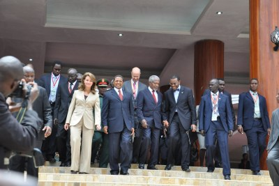 Melinda Gates, Tanzanian President Jakaya Kikwete, Former United Nations Secretary General Kofi Annan, and other high level delegates together at the 2012 African Green Revolution Forum in Arusha, Tanzania.