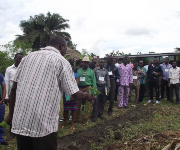 Farmer Myke Teaches Nigerian Youth How to Get Smart