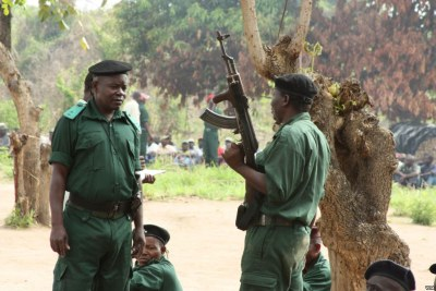 Renamo rebels being re-trained for combat at a remote bush camp near Mozambique's Gorongosa mountains (file photo).