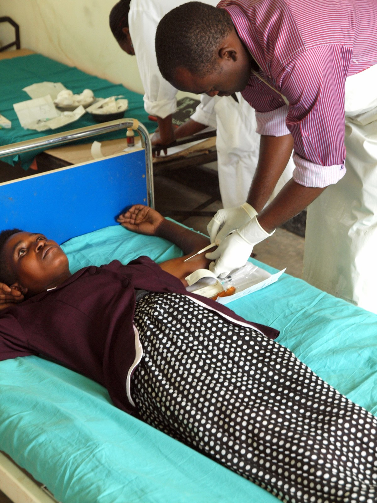 adolescent mothers essay Teen abortion is a disaster and could leave a scar for life  with most teen  mothers, it is seen that their lives are negatively impacted when they.