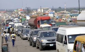00270960:6d2f3ff46cdea3b53e71881dcdf5d207:arc614x376:w285:us1 Street Slang You Should Know in Lagos