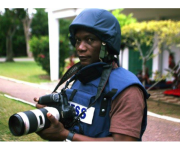 Cote d'Ivoire: Using Photo-therapy for Peace