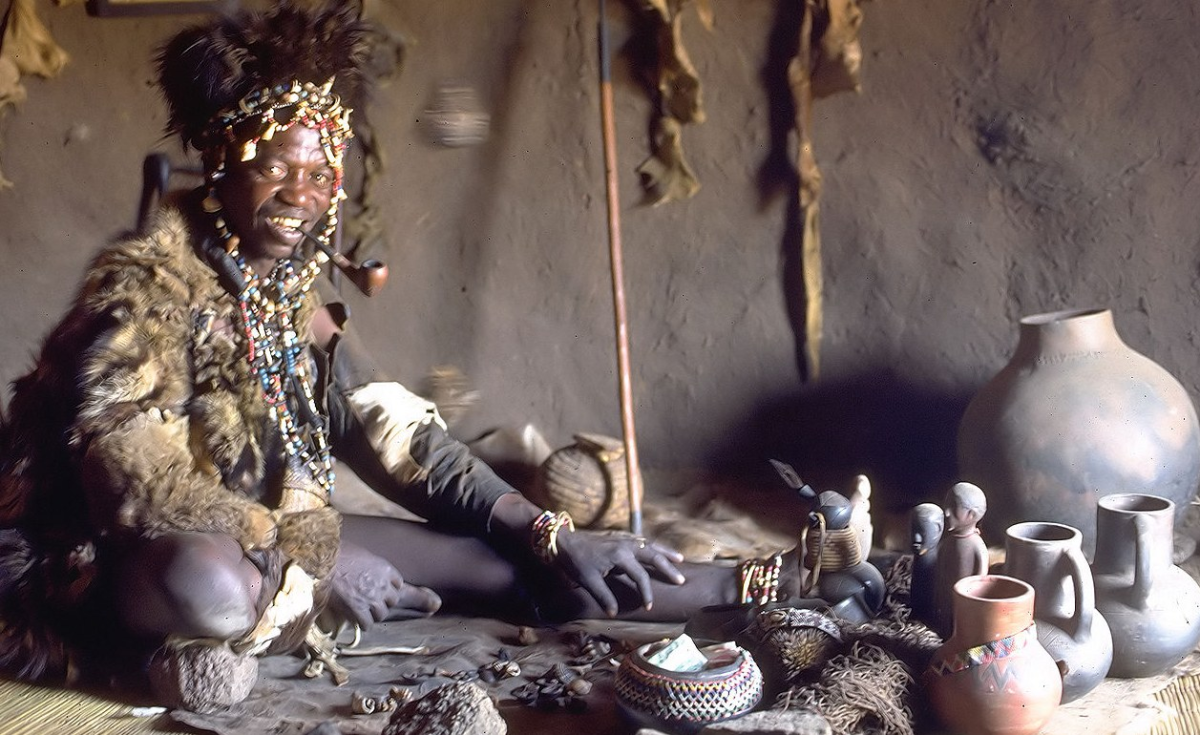witch doctors in zimbabwe The mysticism plays a role in tourism, with fortune tellers and witch doctors setting up camp in the heart of great zimbabwe.
