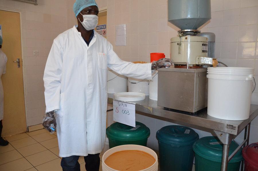 Photoessay malawi s toxic harvest for Alina s lebanese cuisine