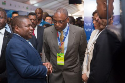 Mozambique's President Filipe Nyusi visited the GE stand at the recent FACIM international trade fair.