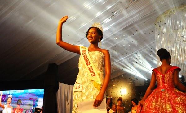 Uganda 22 Year Old Quinn Abenakyo Crowned Miss Uganda Allafrica Com