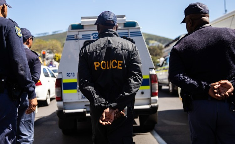 South Africa: Journalist Flees the Country After Police Beatings Over Lockdown Reporting
