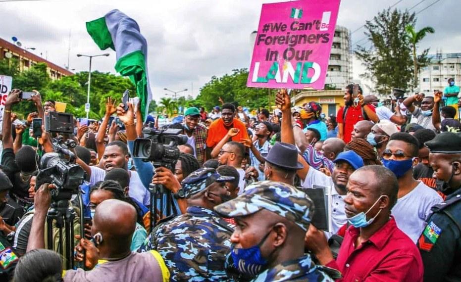 Nigeria: Hoodlums Loot Goods Worth $300,000 At Avenue Montaigne in Lekki